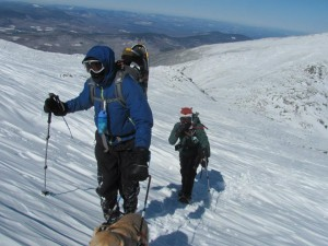 Randy, Justin, and Quinn hike through icy cold to reach the summit!